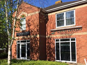 frameworks clinic Verwood - Dr Jacobs complimentary therapy